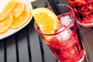 aperol spritz cocktail aperitif